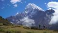 ハイキング 山歩き トレッキングの動画 36635635