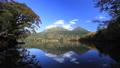 雌阿寒岳と阿寒富士、オンネトー湖畔より 36749931