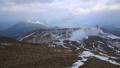 中マチネシリ火口、雌阿寒岳山頂より 36749935