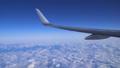 日本上空 雲の上の風景 空撮 飛行機の翼 36807608