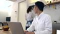 キッチン 夫婦 カップルの動画 36896175