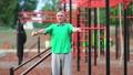 老年的 運動 老人 37002763
