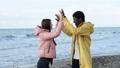 快乐 幸福 海滩 37017571