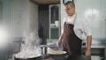 厨房 料理人 調理の動画 37153939