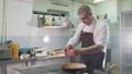 厨房 料理人 調理の動画 37153944