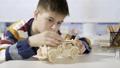 子供 作る 建造の動画 37341772