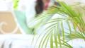 女性 本 パジャマの動画 37449118