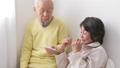 老老介護 シニア 体温計の動画 37507634