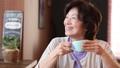 女性 中高年 中年の動画 37734754