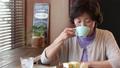 女性 中高年 中年の動画 37734760