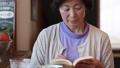 女性 中高年 中年の動画 37734818
