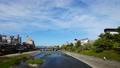 在Kamogawa Shijo Ohashi橋樑的京都都市風景Timelapse視圖 37964688
