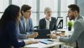 オフィス ビジネス ビジネスマンの動画 38366916