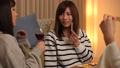 家飲み 女性 ワインの動画 38414506