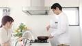 カウンターキッチン カップル キッチンの動画 38445745