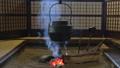 囲炉裏端 囲炉裏 鉄やかんの動画 38655540