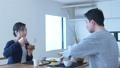 夫婦 カップル 食事の動画 38669641