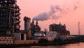 게이 힌 공업 지대 석유 콤비나트 석유 화학 공장 저속 좁은 39052879