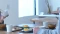 夫婦 カップル 食事の動画 39071300