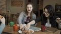 食べる 食事をする 食事の動画 39344816