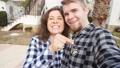 カップル 夫婦 抱擁の動画 39472310