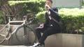 男性 スマホ ロードバイクの動画 40087888