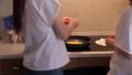 厨房 鸡蛋 女人 40123135