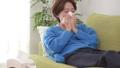 女性 人物 体調不良の動画 40503061