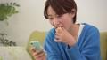 女性 お菓子 おやつの動画 40503100