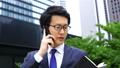 用智能手机,英语说话·东京的商人形象·英语声音是制作 40503955