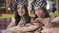 baker, chef, pizza 40557739