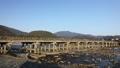 11月秋 紅葉の嵐山渡月橋の朝  京都の秋景色 40620445