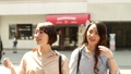 走過城市與購物的婦女 40816610