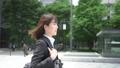 ビジネス キャリアウーマン 歩くの動画 41041252