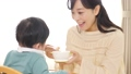 育児 赤ちゃん 親子の動画 41056042