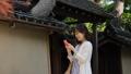旅行 スマートフォン 女性の動画 41110918