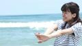 海と女性 41655979