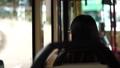 バスの乗客 41892671