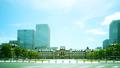 東京駅・ハイスピードタイムラプス・初夏・爽やかな空と緑・カラーグレーディング 41960204