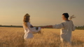 field, female, wheat 41962913