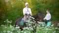女 女性 馬の動画 42039202