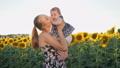 ベビー 赤ちゃん 赤ん坊の動画 42063194