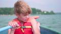 ボート 人々 人物の動画 42414150