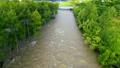 増水する川(空撮 フィクス撮影) 42659591