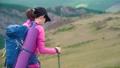 冒険 女性 メスの動画 42718006