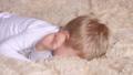 子供 少年 ベビーの動画 42748276