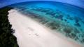 ドローン映像:来間島の長間浜の空撮 43086035