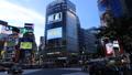 東京トワイライト 渋谷スクランブル交差点 タイムラプス ズームアウト 43088604