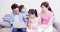 ファミリー 家庭 家族の動画 43101580