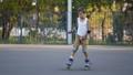 孩子 轴 溜冰 43128450